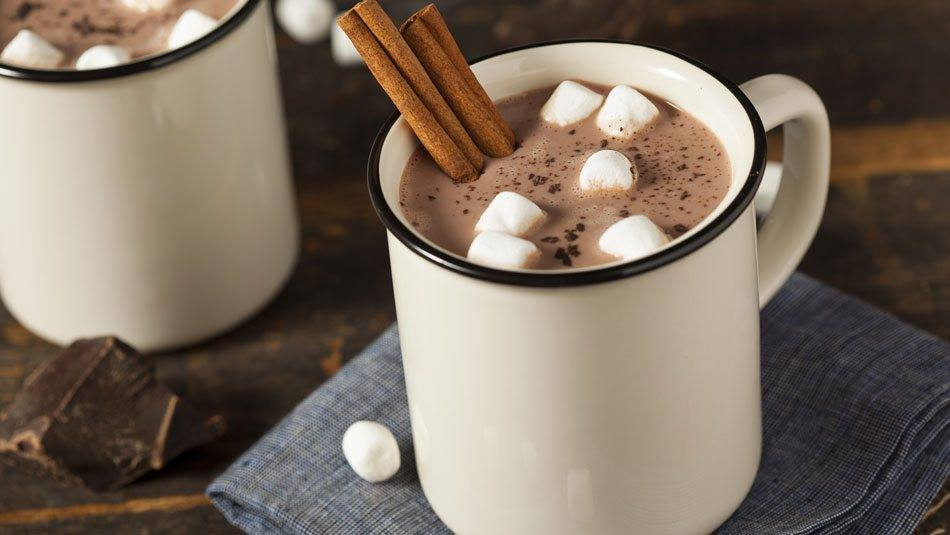 Рецепт за домашно топло чоколадо кое ќе го обожавате